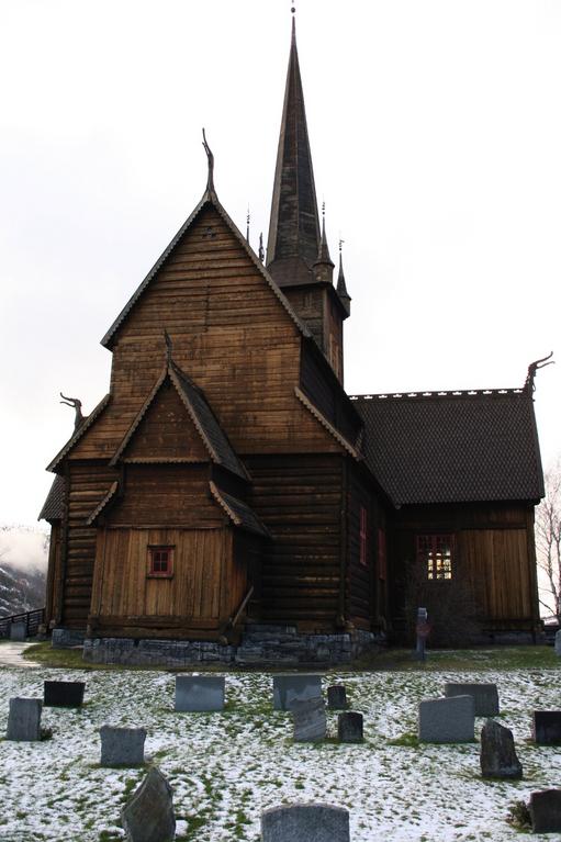 Lom stavkyrkje